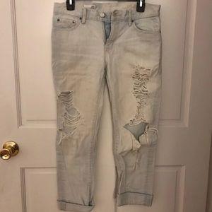 WORN ONCE 24R Gap Sexy Boyfriend Jeans